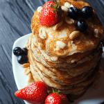 קייטרינג חלבי מגשי אירוח קייטרינג כשר פנקייקים
